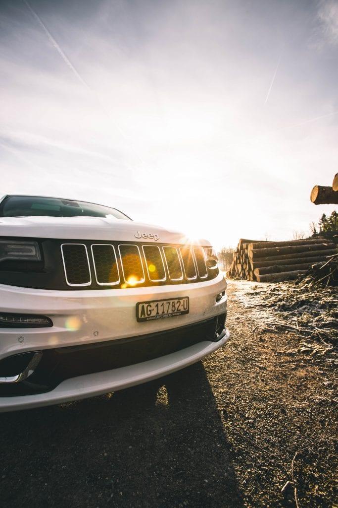 Jeep Grand Cherokee 6.4 SRT8 4×4: Wir sind keine Freunde - Auto Kunz AG 7