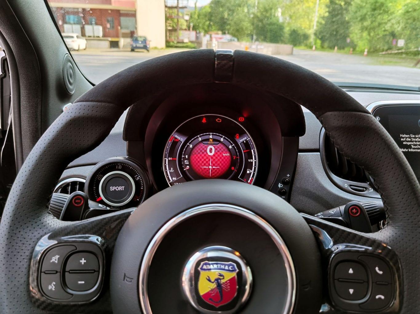 Fiat 500 Abarth 695 70 Anniversario: Fiat, wir müssen reden - Auto Kunz AG