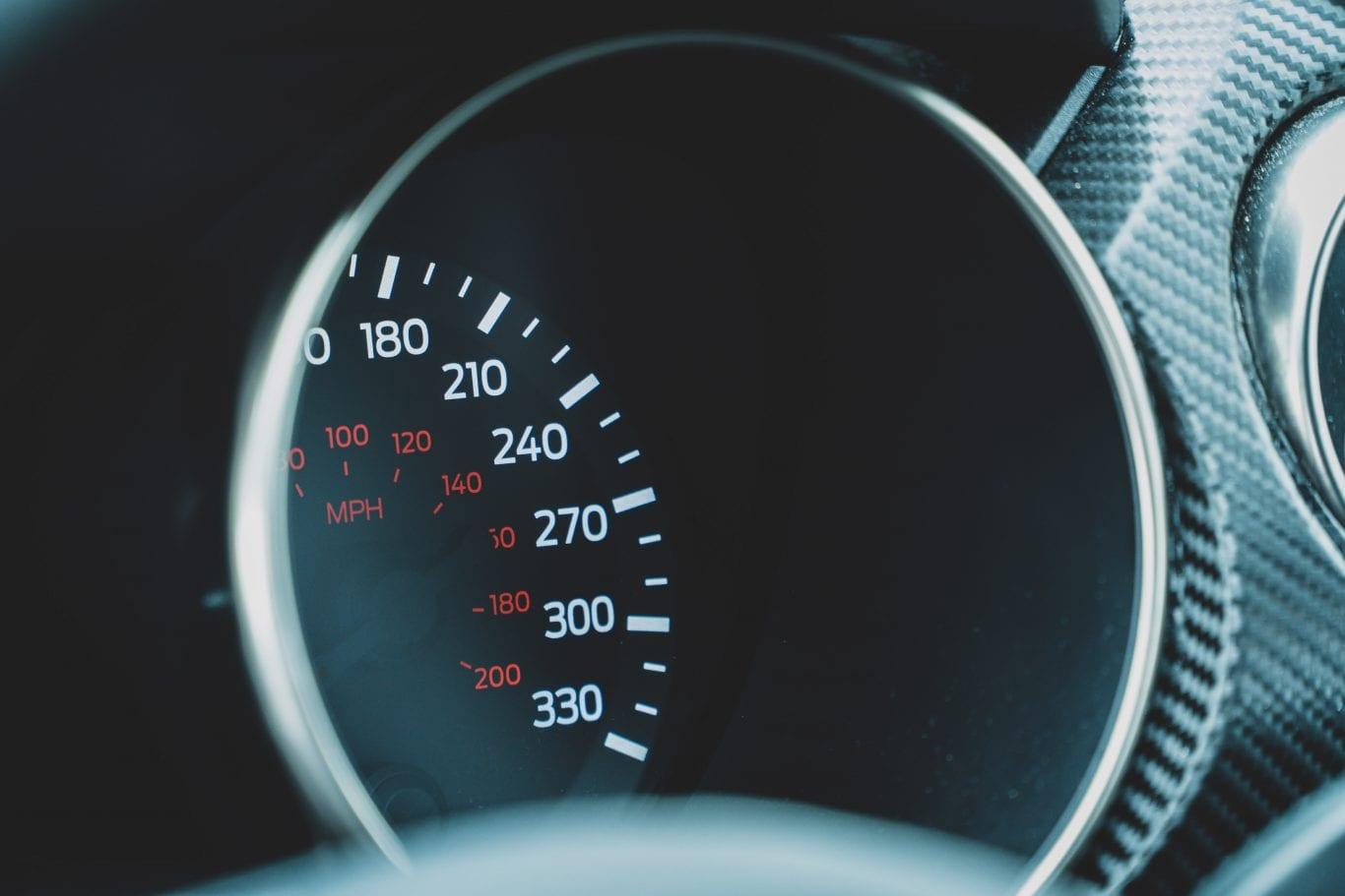 2016 Shelby Mustang im Test: Wie schnell ist das Pony Car wirklich? - Auto Kunz AG 1