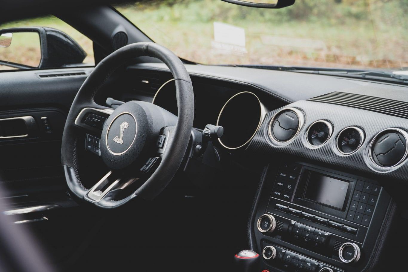 2016 Shelby Mustang im Test: Wie schnell ist das Pony Car wirklich? - Auto Kunz AG